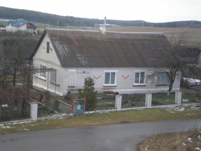 Дом в агрогородке Кошели Зельвенского района_0